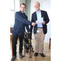 Schäferhunden Django får danefædusør for kostbare guldringe