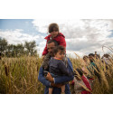 Socialtjänstens utlämnande av uppgifter till gränspolisen tar inte barns bästa i beaktning