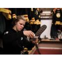 Clockwork stories: OS-aktuella Anna Borgqvist kombinerar hockeykarriär med sitt drömjobb.