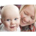 Pressinbjudan: Unga mammor och pappor firar 25 år