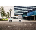 Bildelningsföretaget DriveNow pressar priset till flyget  – under 300 kr till flyget i en ny BMW eller MINI