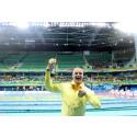 Möt de första svenska Paralympiska medaljörerna från Rio när de landar i Sverige