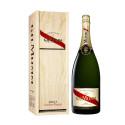 G.H. Mumm Cordon Rouge Brut on saatavilla magnum-koossa upeassa lahjapakkauksessa Alkosta ympäri vuoden samppanjapullon hinnalla
