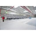 52 pakkausasemaa tehokkaassa logistiikkakeskuksessa