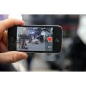 Nyhetshändelse filmas av privatperson med smartphone