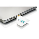 The unique Duocard – the world's thinnest USB device
