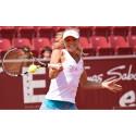 Unga tennisförmågan Ellen Allgurin skördar framgångar.