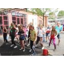 Dans på gården på Kulturhuset Barbacka
