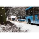Bussar på vinterväg.