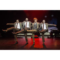 Jultrad-i-trion på GöteborgsOperan: En stjärna faller