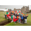 Young brokers coached by 2014 European Ryder Cup captain Paul McGinley at Allianz Golf Camp