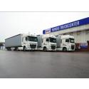 Utanför Nordic Truckcenters huvudkontor i Markaryd, Småland. Med leveransklara bilar uppställda till kund.