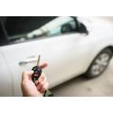 Vakuutusyhtiön tilastot todistavat: uusi auto jättää yhä harvemmin tielle