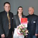 Thema Elektromobilität: HFH-Absolventin erhält Förderpreis des Verbands Privater Hochschulen