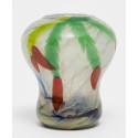 Nyförvärv: Jugendvas i avancerad glasteknik av Betzy Ählström