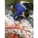 Kristina Müntzing i arbete med verk till utställningen MEE MAWING.