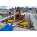 Invigning Båt botten tvätt i Waxholms Gästhamn