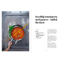 Kryddig tomatgryta med paneer - indisk färskost ur Yogaköket