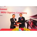SMRT CEO Desmond Kuek signs MOU with Huawei President of Global Solution Sales