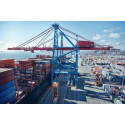 Port of Gothenburg container traffic in full flow as European ports falter