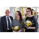 Elin and Emma awarded prize for their environmental work