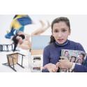 Dansföreställning med komisk betraktelse från ett SFI-klassrum