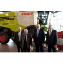 EU-Commissioner Phil Hogan visits CLAAS