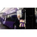 Bussbolag kör för att minst 800 äldre ska få äta sig mätta i jul