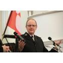 Pelastusarmeijan kansainvälinen johtaja vierailee Suomessa – presidentti Halonen saa vierailun yhteydessä kunniapalkinnon