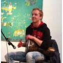 Ali Baba uppträder med musik från hela världen på Mångkulturellt café i Kallinge den 11 februrai 2017