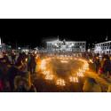 Ljusmanifestationer över hela landet på internationella barncancerdagen