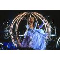 2 000 lampor glittrar och glimmar i Askungens vagn