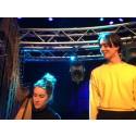 KMH-studenterna Justyna Krzyzanowska (harpa) och Em Silén (komposition) medverkar i årets ljudOljud-festival.