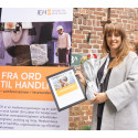 Tone Cecile Lie from Euro Sko Norway receives Ethical Trading Award 2017