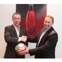 Coca-Cola og Norges Fotballforbund signerer ny samarbeidskontrakt
