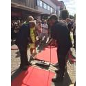 Johar Bendjelloul inviger Malik Bendjellouls sten i Ängelholms Walk of Fame