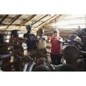 Clowner utan Gränser startar projekt i Nigeria – I kriser behövs hoppet mest av allt
