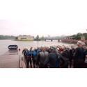 2XU Urban Swim Challenge keräsi yli 80 avovesiuimaria sateiselle Taivallahdelle