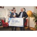 Dahls kunder skänker en halv miljon till Barncancerfonden
