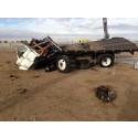 Lyckat krashtest - M50 pollare stoppar ett 6.8 ton tungt fordon.