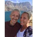 "Jacob Poulsen - slogan vinnare i ""Be There with Hyundai"" med sin fru Linda."