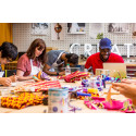 Workshop med den brittiske möbeldesignern Yinka Ilori