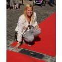 Cecilia Rooth invigde sin frus Maria Rooths sten