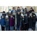 1 april: Barn i Östersund är med och springer 100 varv runt jordklotet för en bättre värld