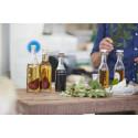 Drik din have: Lav kryddersnaps med urter og bær fra haven