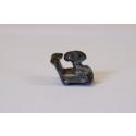 Den lille stol-amulet set fra siden