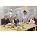 Auf der Suche nach den besten Verpflegungskonzepten für ältere Menschen in Bayern – Noch bis Ende des Monats bewerben: gesund.gekocht.gewinnt – Wettbewerb für ausgezeichnete Seniorenverpflegung 2014