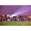 Sommarscen: Mer än film kring årets utomhusbio