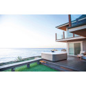 Unique spa pleasure with outdoor whirlpools from Villeroy & Boch
