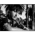 "Urban Outfitters presenterer: Jakob Ogawa – ""Sunshine Girl (demo)"""